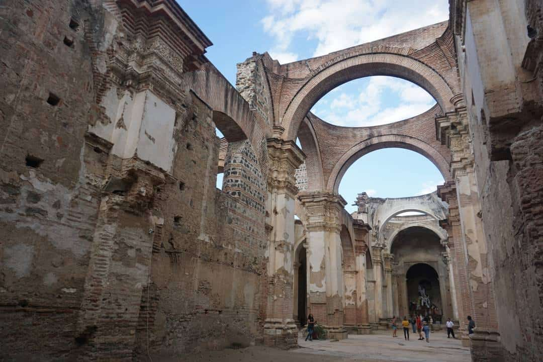 Exploring The Antigua Ruins