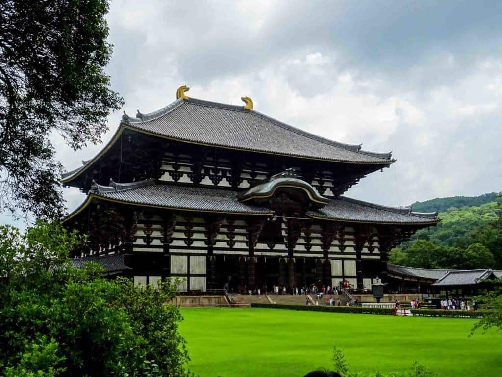 Tōdai-Ji Grounds