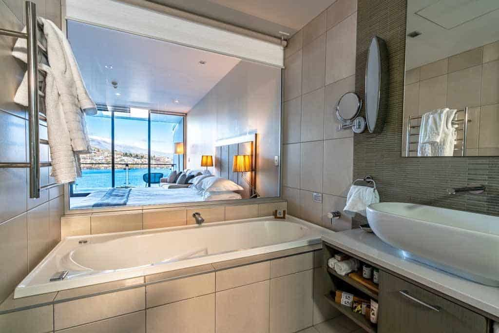 The Rees Hotel Bathroom