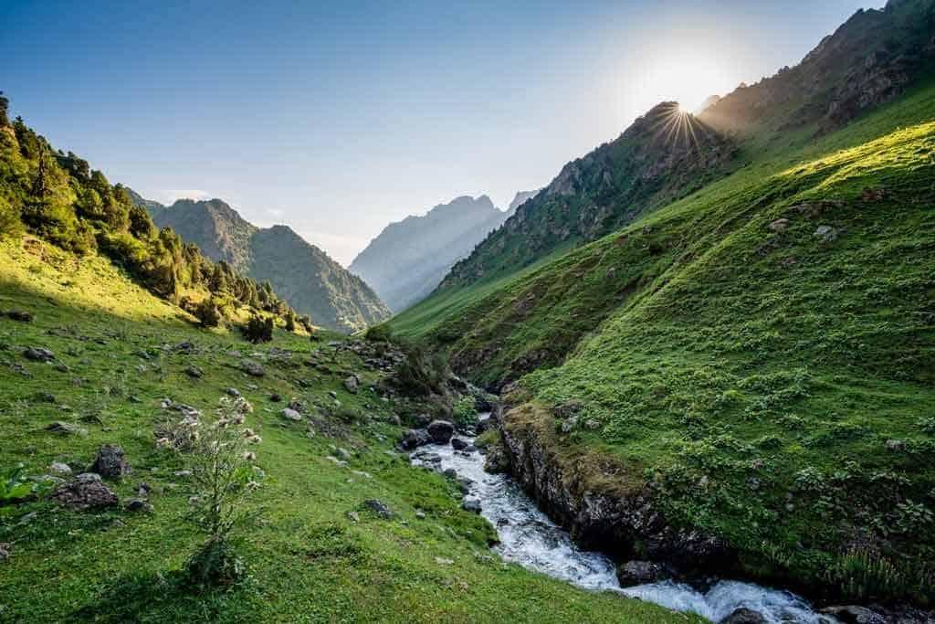 Sunrise Valley Truly Nomadic Land