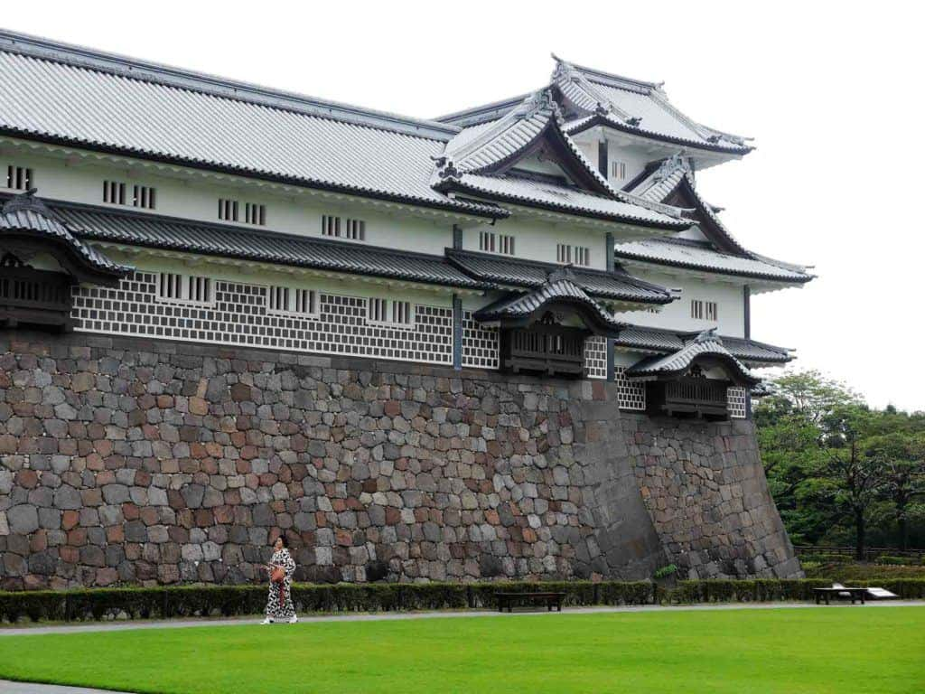 Things To Do In Kanazawa Castle Japan