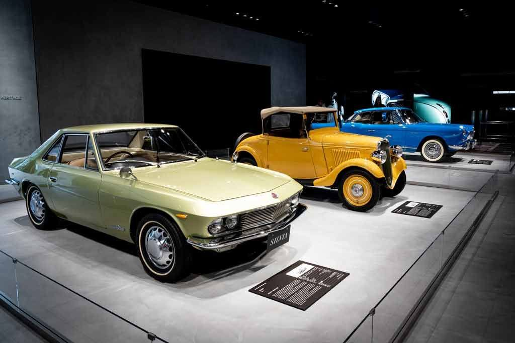 Nissan Gallery
