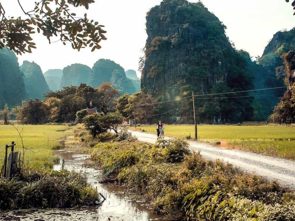 Cycling through the countryside of Ninh Binh